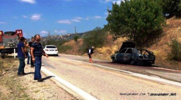 Taşova'da Otomobil Yandı